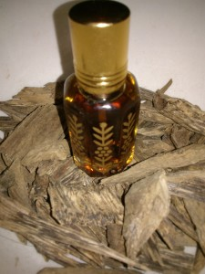 gaharu-oil